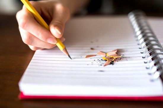 Noter les envies dans un cahier permet d'éviter les crises
