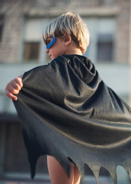Enfant déguisé en Batman