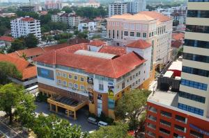 Students have access to excellent facilities at KDU College Penang's 300,000 square foot campus