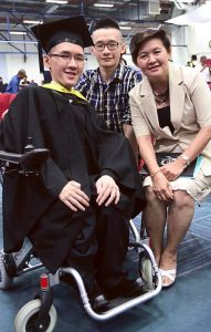 Tiew Kee Yee with his brother and mother at UCSI University's graduation