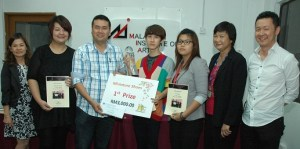 Malaysian Institute of Art (MIA) Textile and Fashion Design students Lye Chi Xian, Tan Mayblle and Vicky Toh Sing Na were the 1st prize winners in the category Miniature Art organize by Malaysian Footwear Manufacturers Association