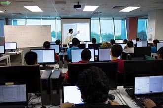 How to Choose the Best University for Top Computer Software Engineering in Malaysia