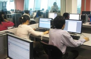 art computer facilities that include the latest PCs and workstations with Internet connection, operating systems, software suites and commercial programming software in multiple IT labs built for project work, multimedia production, software and internet programming.