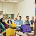 Multimedia University (MMU) students learn from qualified & experienced computing lecturers