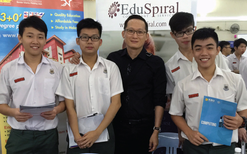 Ask An Experienced Education Advisor in Malaysia What to Study after A-Levels or Pre-University and How to Choose the Right Degree Course & University