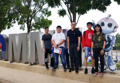 EduSpiral counseled us online & then picked us up from the airport to visit MMU in order to help us choose the right university. Mak, Ong & Chaw - Diploma in Information Technology (IT) at Multimedia University (MMU)