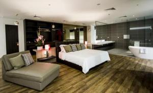 Equatorial Mock Hotel Suite for Hospitality students at University of Wollongong (UOW) Malaysia KDU, Utropolis Glenmarie