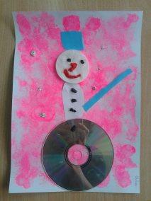 Bałwanek gąbką malowany Kreatywnie z dzieckiem Marlena Wrońska Prace plastyczne Święta Zima