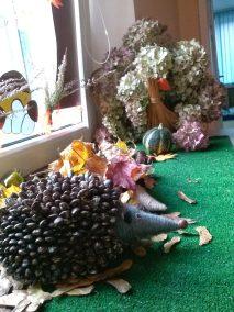 Jeże z balonów Dominika Kobylak Dzień Jeża Prace plastyczne Prace plastyczne (Dzień Jeża) Zwierzęta (Prace plastyczne)