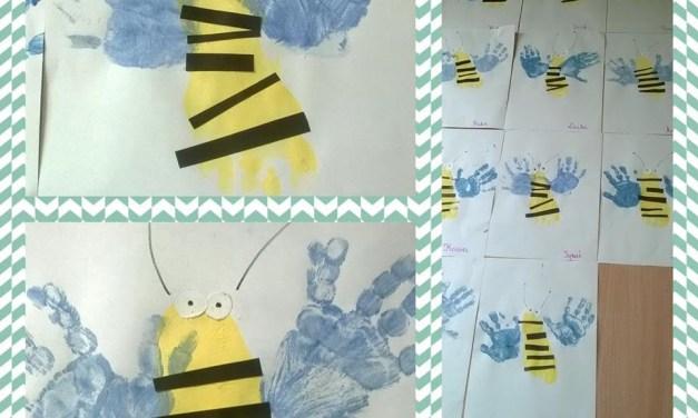 Pszczółki z odbitych stóp