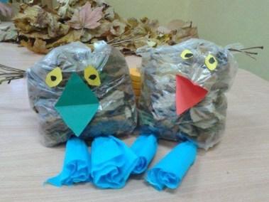 Sówki z torebek śniadaniowych Jesień Jesień (Prace plastyczne) Marlena Wrońska Prace plastyczne Prace plastyczne (Dzień Zwierząt) Prace plastyczne (Jesień) Światowy Dzień Zwierząt Zwierzęta (Prace plastyczne)