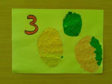 Utrwalanie cyfry 3 oraz figury geometrycznej - koła Dzień Matematyki Marlena Wrońska Nauka kształtów Prace plastyczne Zabawy matematyczne (Dzień Matematyki)