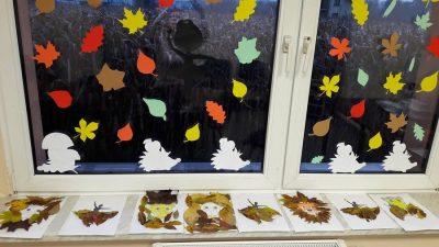 Jesienna dekoracja okien Gabriela Krzyształa Jesień Jesień (Prace plastyczne) Prace plastyczne Prace plastyczne (Jesień)