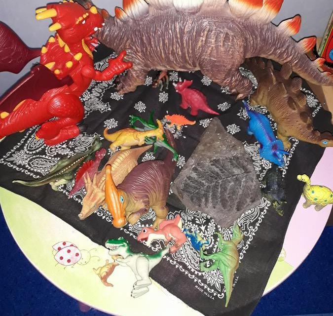 Wystawka, ozdoba i dekoracja na Dzień Dinozaura