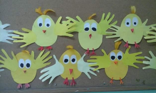 Kurczaczki ze skrzydełkami z odrysowanych rączek