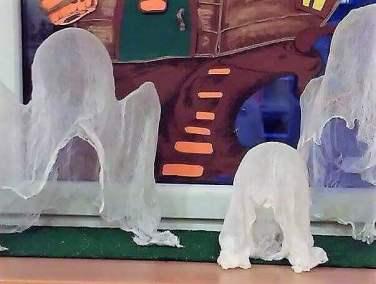 Przyjazne duszki z gazy / pieluszki tetrowej Dominika Kobylak Kreatywnie z dzieckiem Postacie Święto Dyni / Halloween
