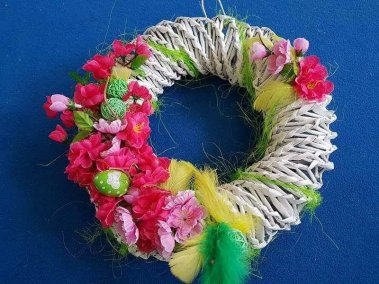 Wiosenne Wianki Dominika Kobylak Kreatywnie z dzieckiem Prace plastyczne (Wielkanoc) Prace plastyczne (Wiosna) Wielkanoc Wiosna