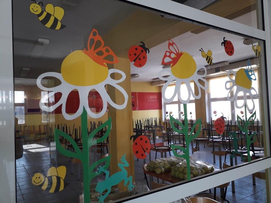 Ozdoba sali - Wiosenna łąka Alicja Mazur Prace plastyczne Przykłady dekoracji sali