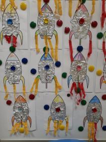 Statek kosmiczny Dzień Kosmosu Dzień Lotnictwa i Kosmonautyki Kreatywnie z dzieckiem Małgorzata Wojkowska