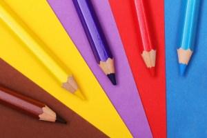 12 kreatywnych zabaw w domu dla dziecka od 1,5 roku do 8 lat Artykuły