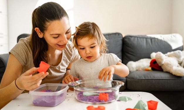 13 przepisów na jadalne masy plastyczne
