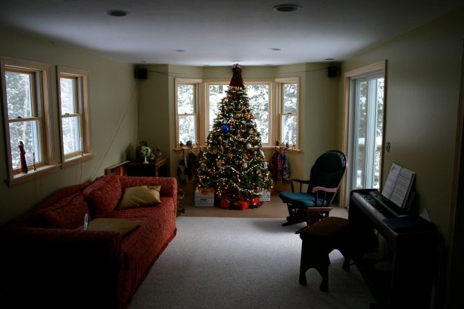 The last Christmas in the last house we owned, in NH… 2007