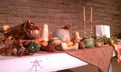 ThanksgivingAltarArrangement2011
