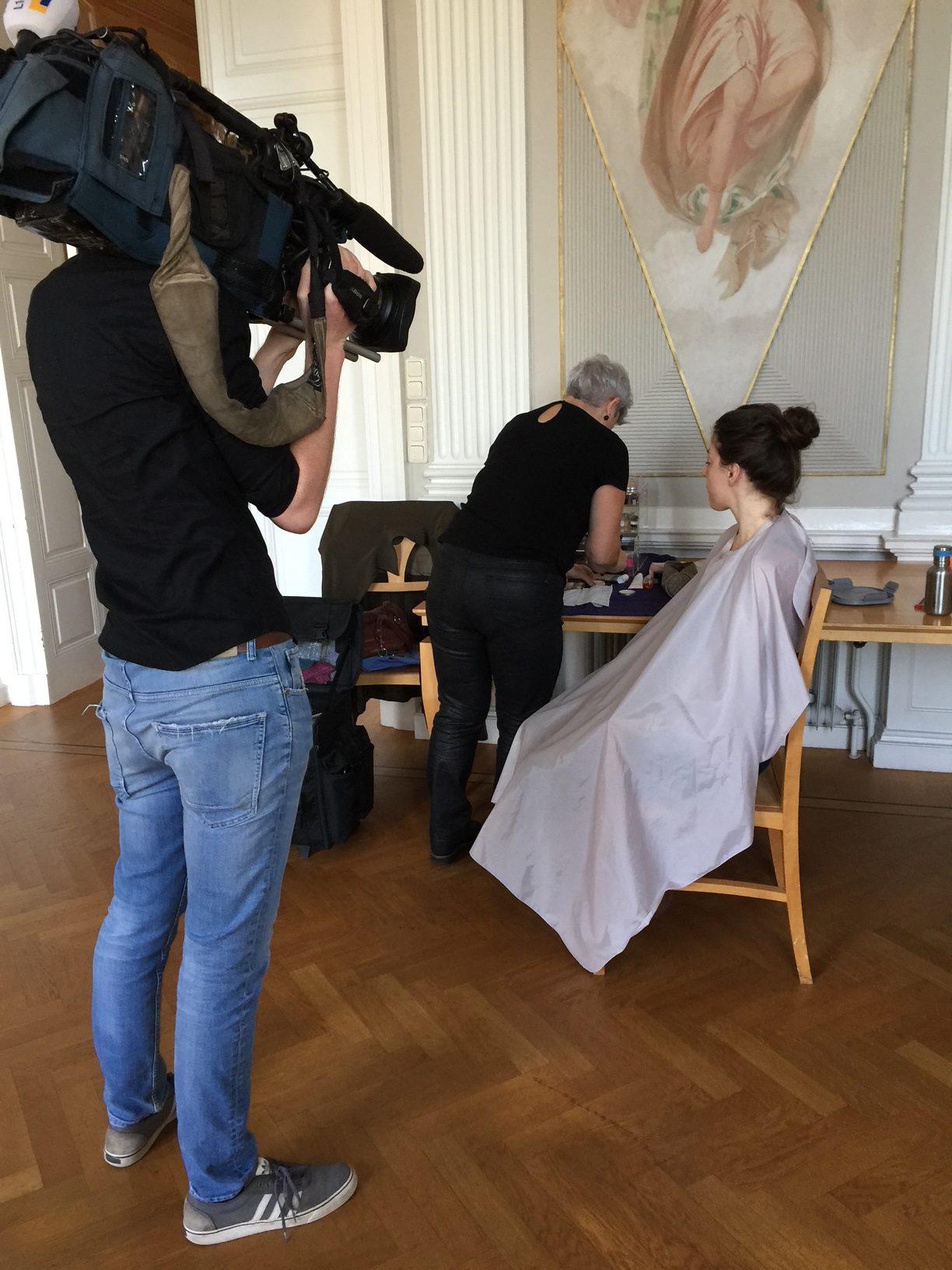Model Joy Draiki in good hands of Makeup Artist Kitty Dijks