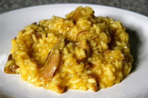 risotto-ai-funghi-porcini-e-zafferano-ricetta-edy-virgili-biologa-nutrizionista