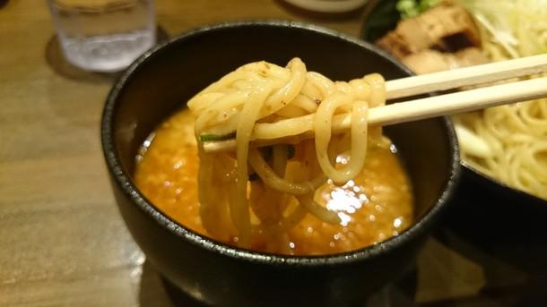 濃度8つけ麺食べる