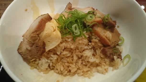 ソラ(S.O.Ra)やわらか煮豚丼