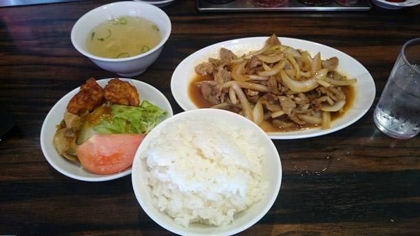 珉珉ジンギスカン定食