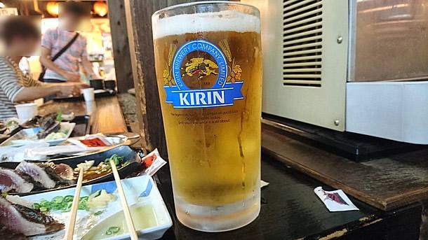 ビールはメガジョッキ!