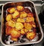Aardappelblokjes in de oven