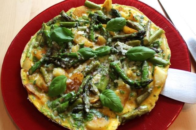 Tortilla met groene asperges