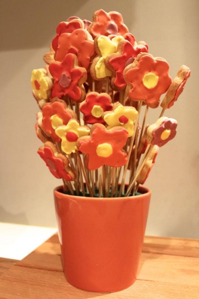 Boeket van bloemenkoekjes