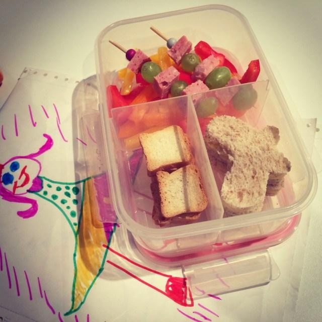 Tien tips om je kind gezond te laten eten: spelen