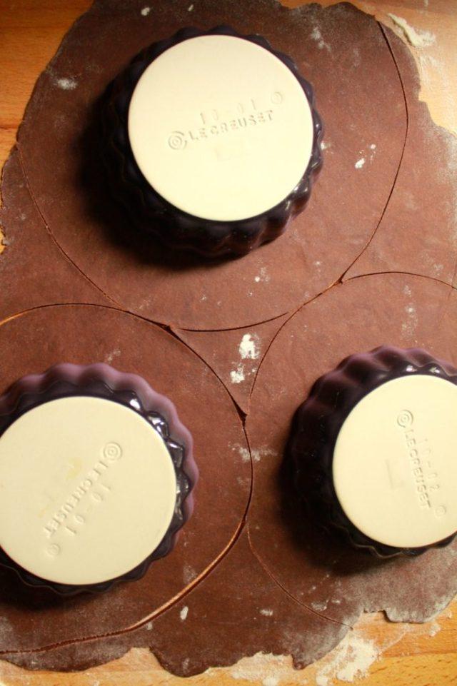 Chocolade-zanddeeg op maat snijden / www.eenlepeltjelekkers.be