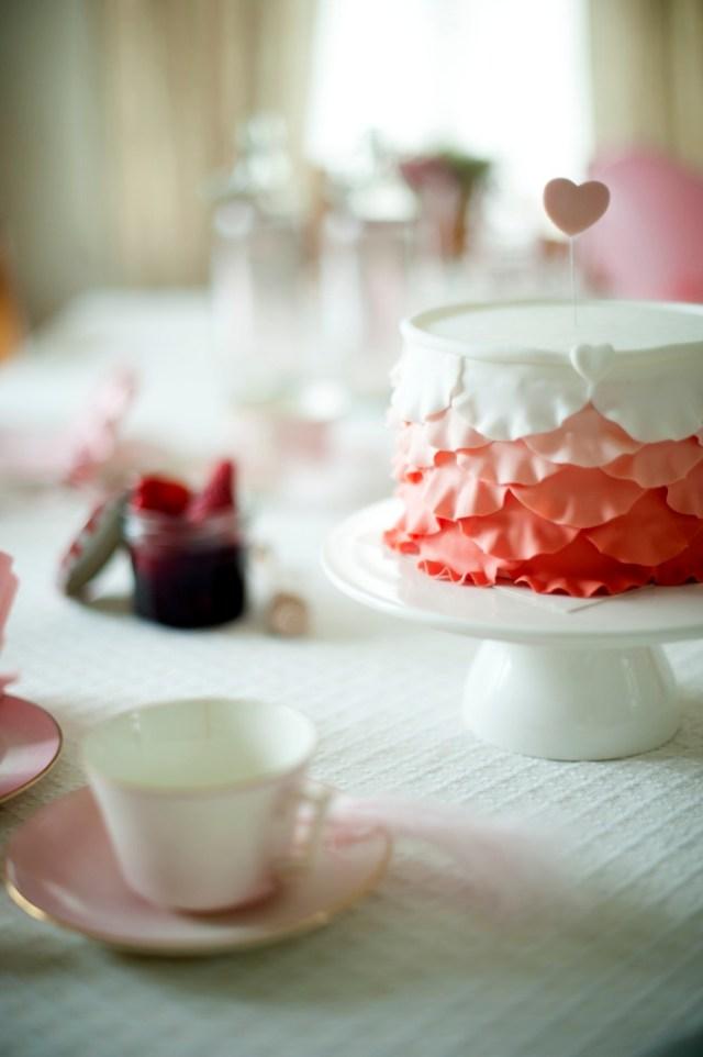 Atelier des Fêtes couture cake roos / www.eenlepeltjelekkers.be