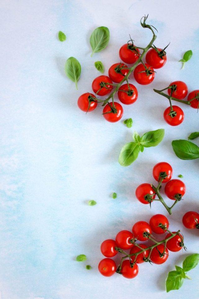Tomaten en basilicum / www.eenlepeltjelekkers.be