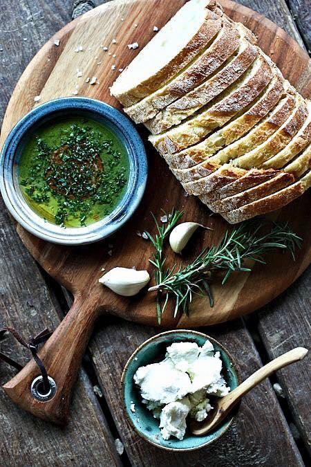 Taris olijfolie en brood / www.eenlepeltjelekkers.be