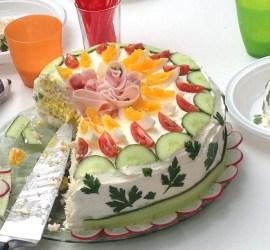 Smörgåstårta voor 12 personen | een tafel vol