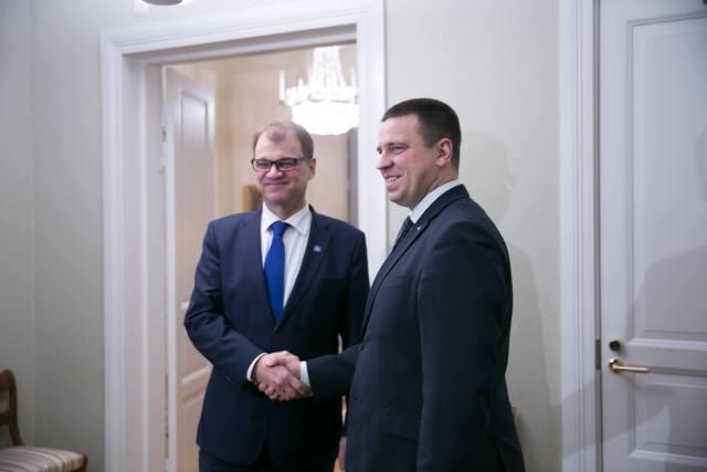 Juha Sipilä (vasakul) ja Jüri Ratas.
