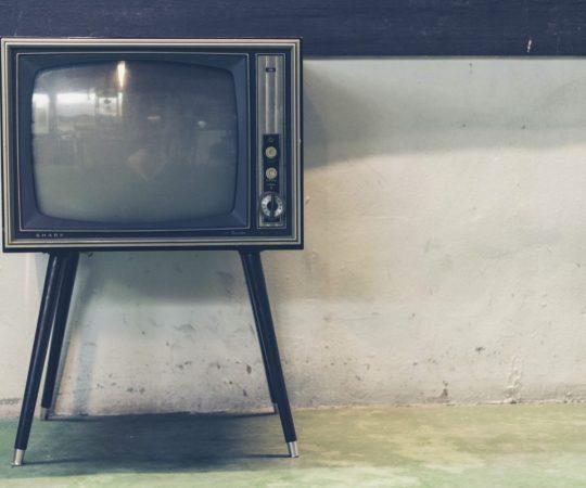 Helsingi politseile on laekunud hulgaliselt teateid seoses rahvusgrupi vastu viha õhutamisega vanades telesarjades