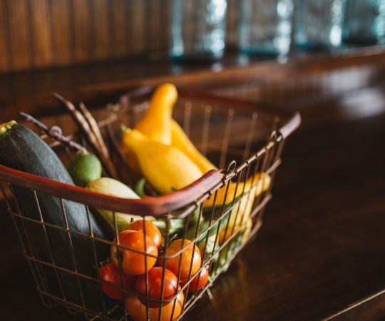 Neli aastat väldanud toiduainete hinnalangus on Soomes läbi, hinnad pöörasid tõusule