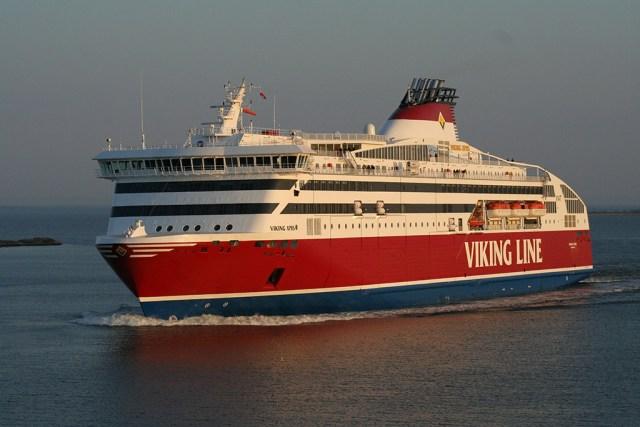 Tehniline viga takistas Viking Line'i laeval Tallinnast väljumast