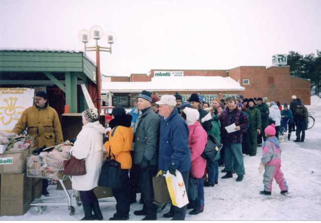Soome leivasabadesse on ilmunud tööl käivad inimesed, oodatakse Euroopa toiduabi