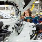 Soome autotehas värbab kiirkorras 400 töötajat