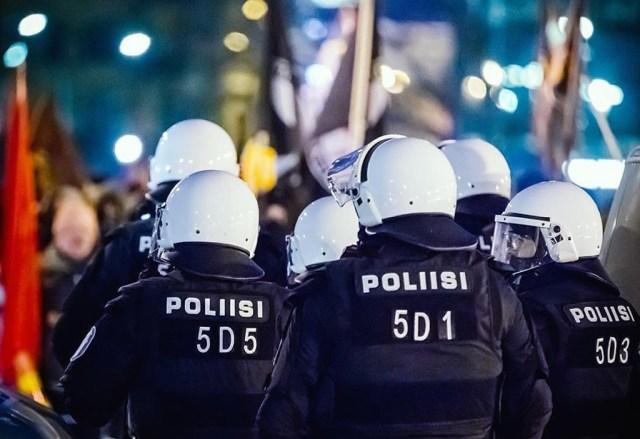 KUUM: Helsingi politsei valmistub võimalikuks terrorirünnakuks volbri ajal
