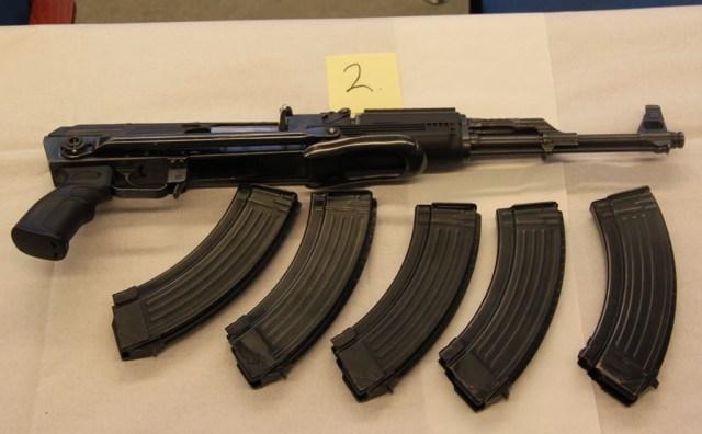 Vihje: Porvoos seati politseile lõks, rööviti relvad